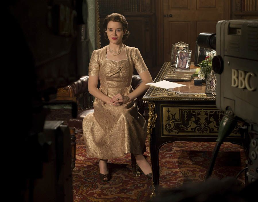 The Crown Season 2 Trailers Featurettes Images And Poster The