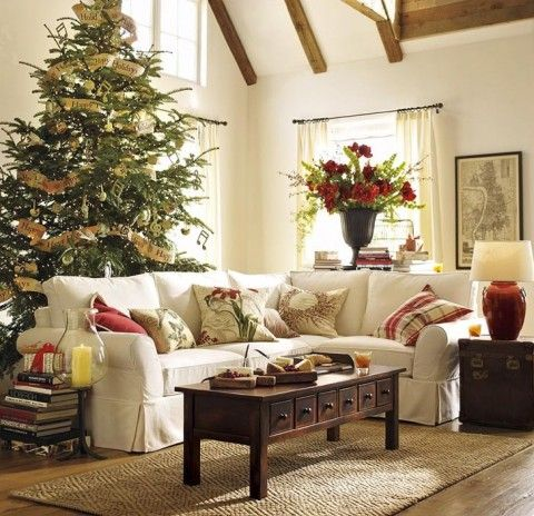 Love This Tree Christmas Decorations Living Room Christmas Living Rooms Christmas Lounge Living room with christmas tree