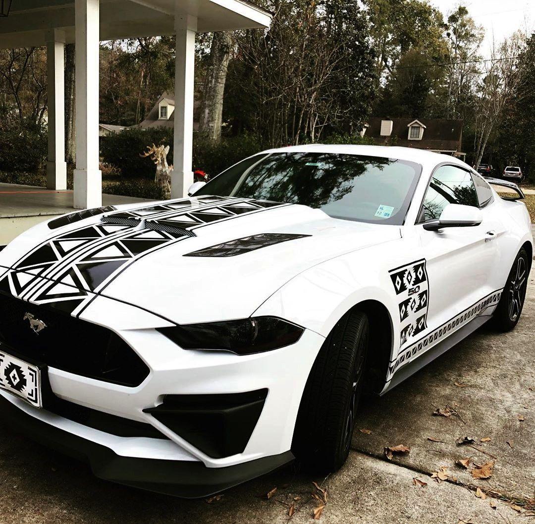 stripes on the side!#fordmustanggtFinished stripes on the side!#fordmustanggt