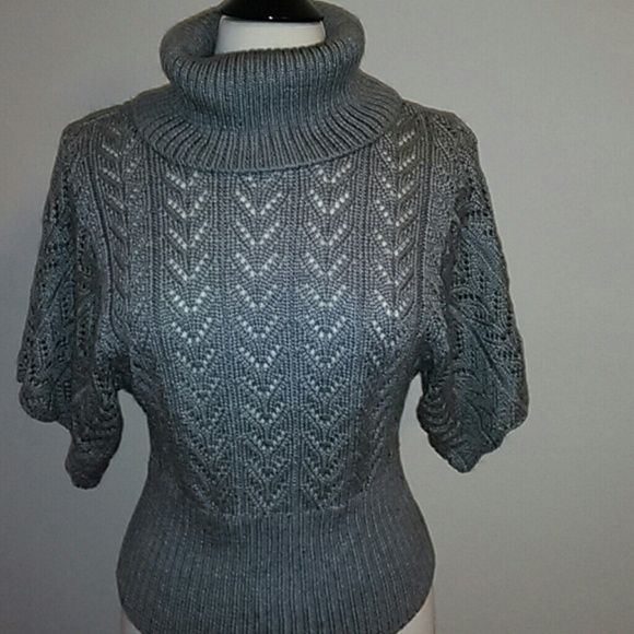 Twenty one by Forever 21, cowl neck sweater. Gray forever 21 sweater, cowl neck. Forever 21 Sweaters Cowl & Turtlenecks
