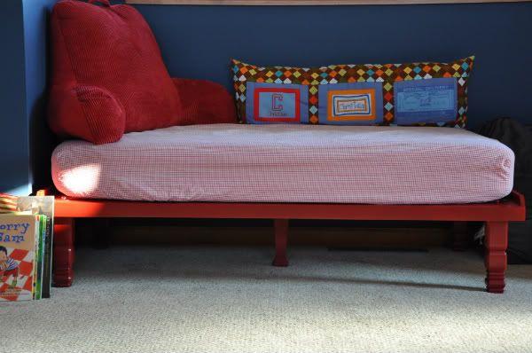 10 Affordable DIY Toddler Beds | Diy toddler bed, Kids ...