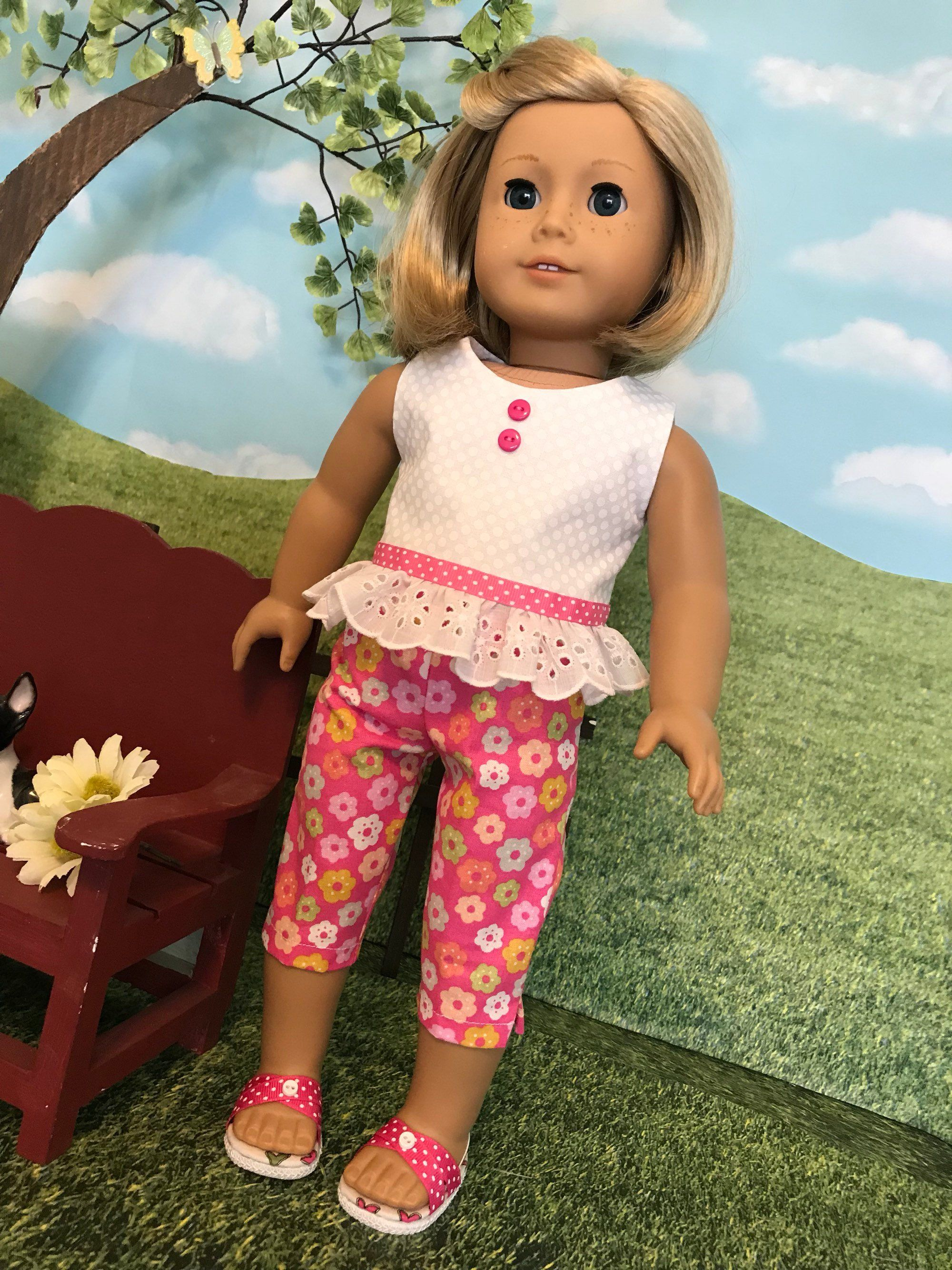 2 piece Summer Outfit White Capri/'s Red Striped T-shirt for 18 Inch Dolls