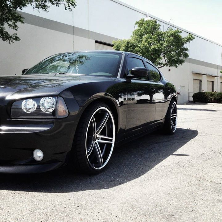 Picture Black Dodge Charger With Satin Black Machined And Chrome Lip Lorenzo Wl197 Wheels Dodge Houston Wheel And Black Dodge Charger Dodge Charger Dodge