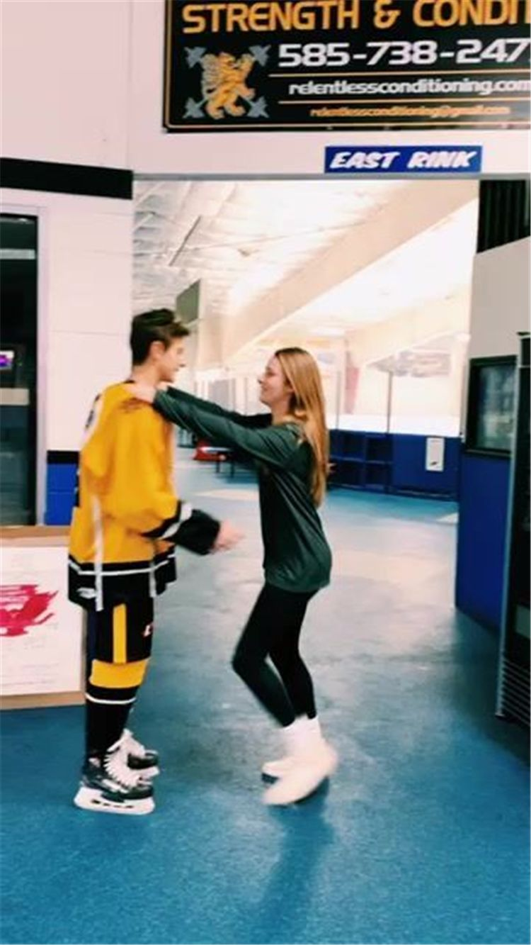 Cute And Sweet Teenager Couple Goal Pictures You Would Love To Have Relationship Lovely Couple Relat Cute Relationship Goals Couple Goals Cute Couples Goals