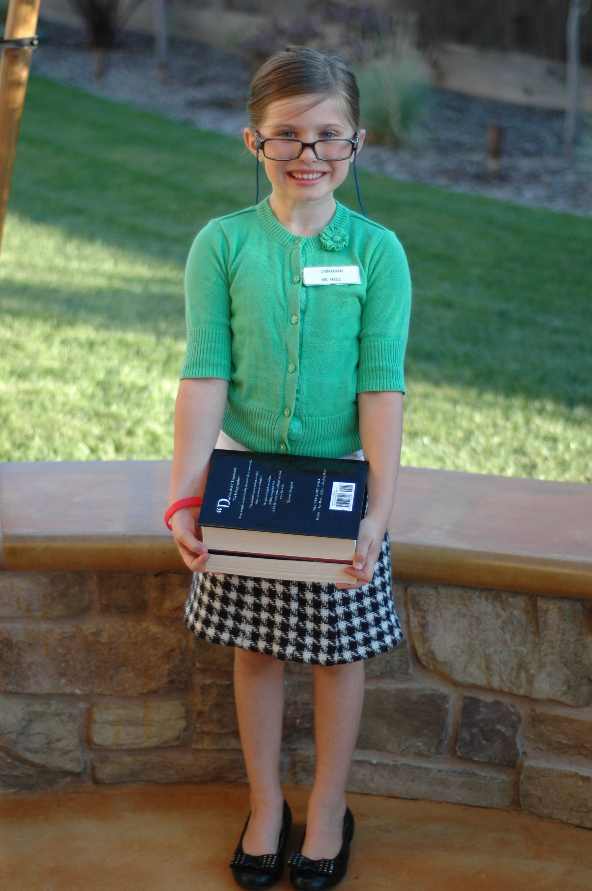 What Kid Wouldn T Want To Dress Up Like A Librarian Yup Now I