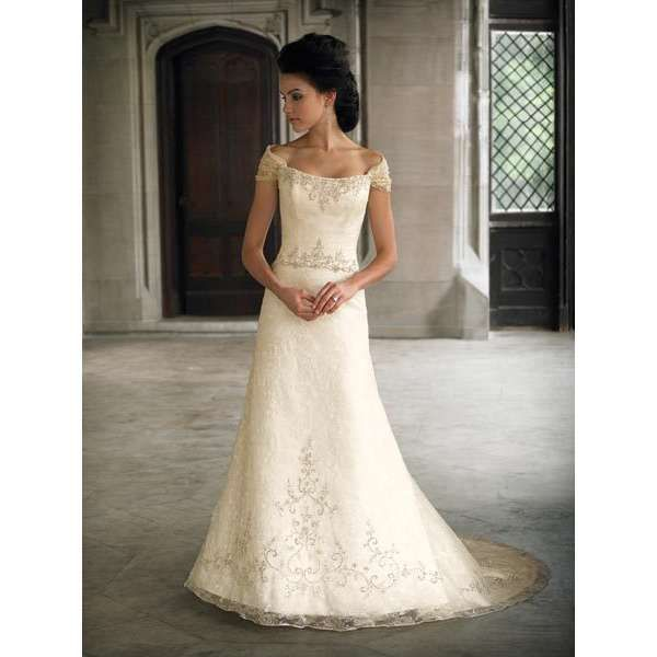 Petite Gowns For Weddings: Pin By Kathy Crabtree On Wedding Ideas