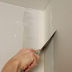 Drywall Finishing An Inside Corner Fine Homebuilding Article