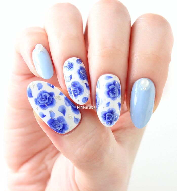 Hand painted blue rose nail art, using one stroke technique. Check out the  mini tutorial! - Blue Rose Nails. Blue Rose Nails Nails Pinterest Rose Nails