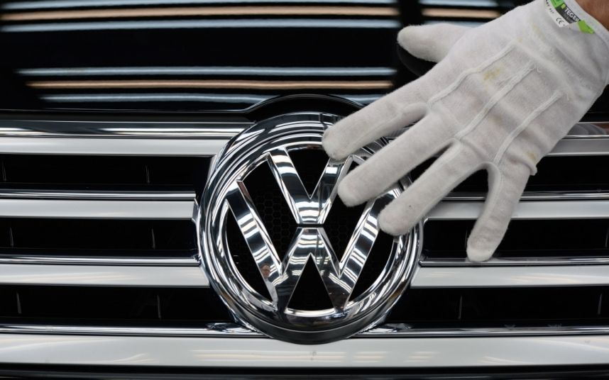 VW shares plunge as diesel emissions scandal spreads to