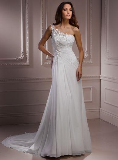Fashionable One Shoulder Natural waist Chiffon wedding dress