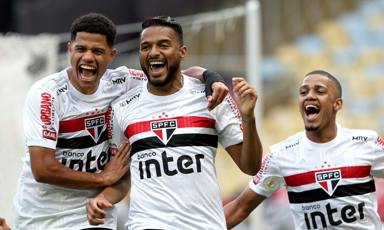 No Maracana Sao Paulo Bate Flamengo Sp Agora Sao Paulo Futebol Clube Sao Paulo Futebol Sao Paulo