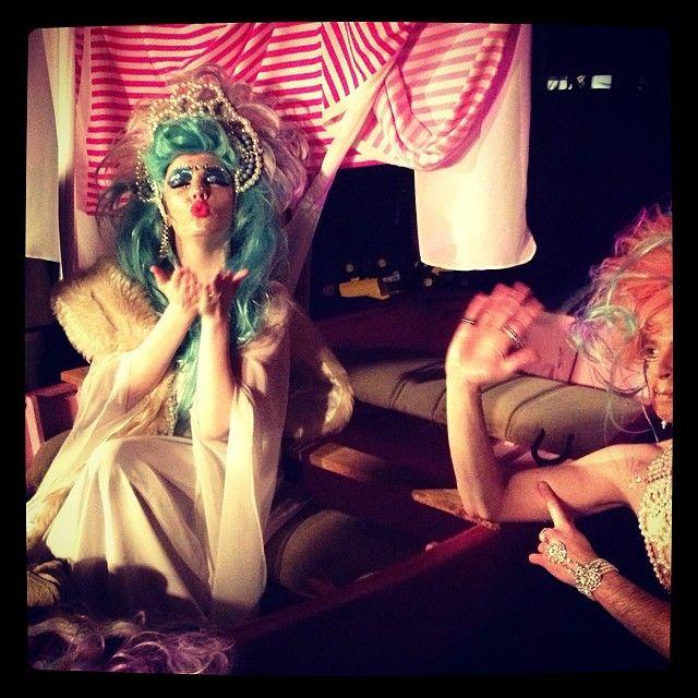 "@anna_pocket's photo: ""Divine soprano mermaid! #chongkong #melbfringe #artdiva"""