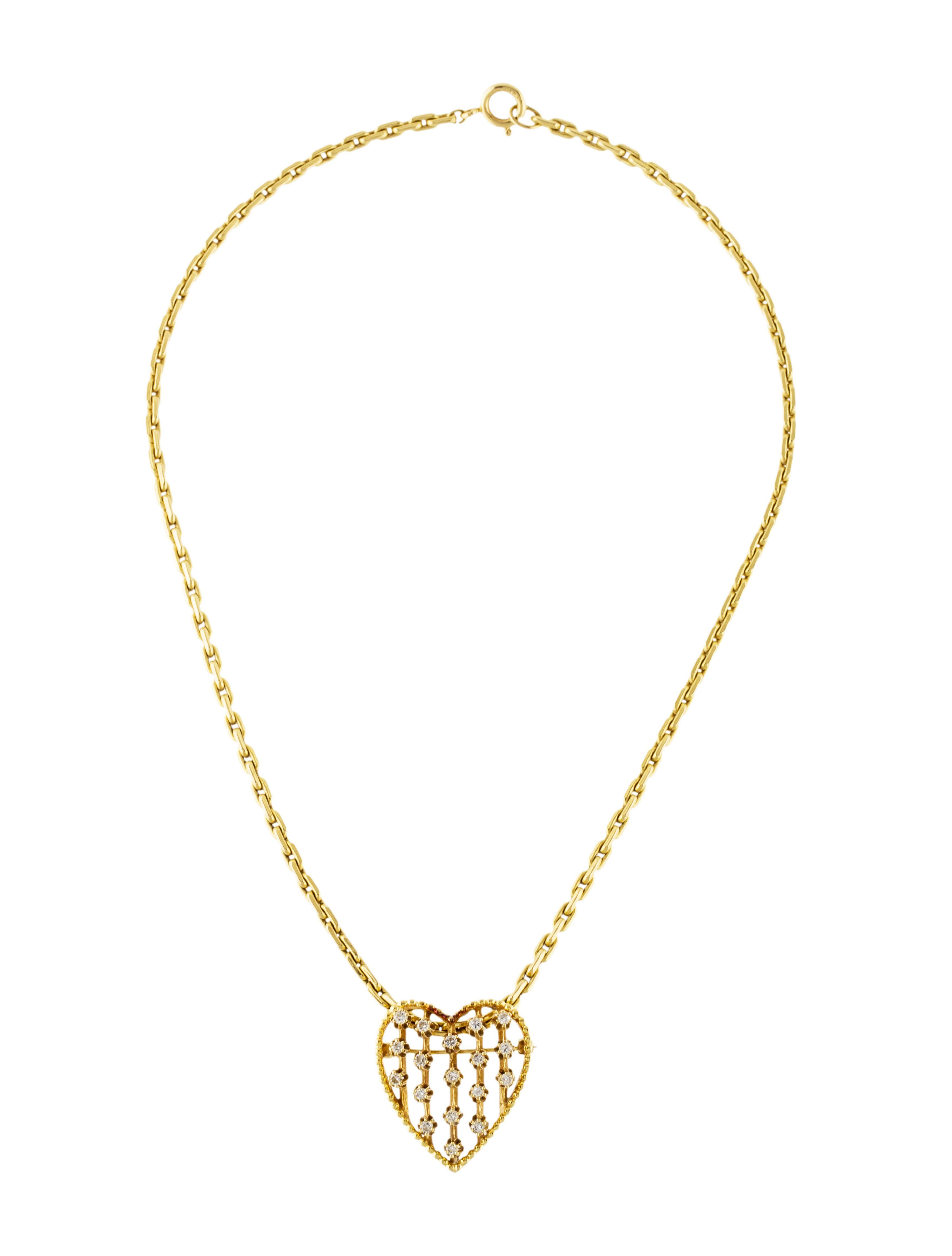 14k Yellow Gold Chain Link Necklace Featuring 0 63 Carats Of Round Brilliant Diamonds A Heart Pendant Diamond Heart Pendant Gold Diamond Heart Pendant Necklace
