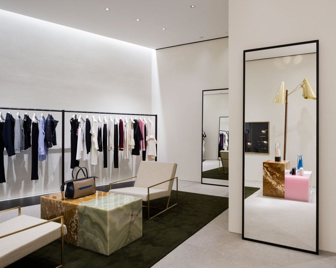 Decoration Interieur Magasin Vetement Celine Store At Emquartier By Pp Group Shop Deco Pinterest