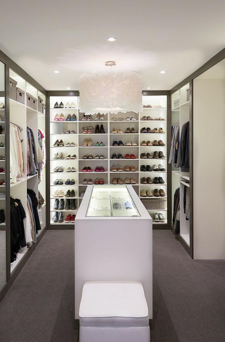 Master bedroom for single woman  Rangement chaussures  idées pour armoire et dressing  Dressing