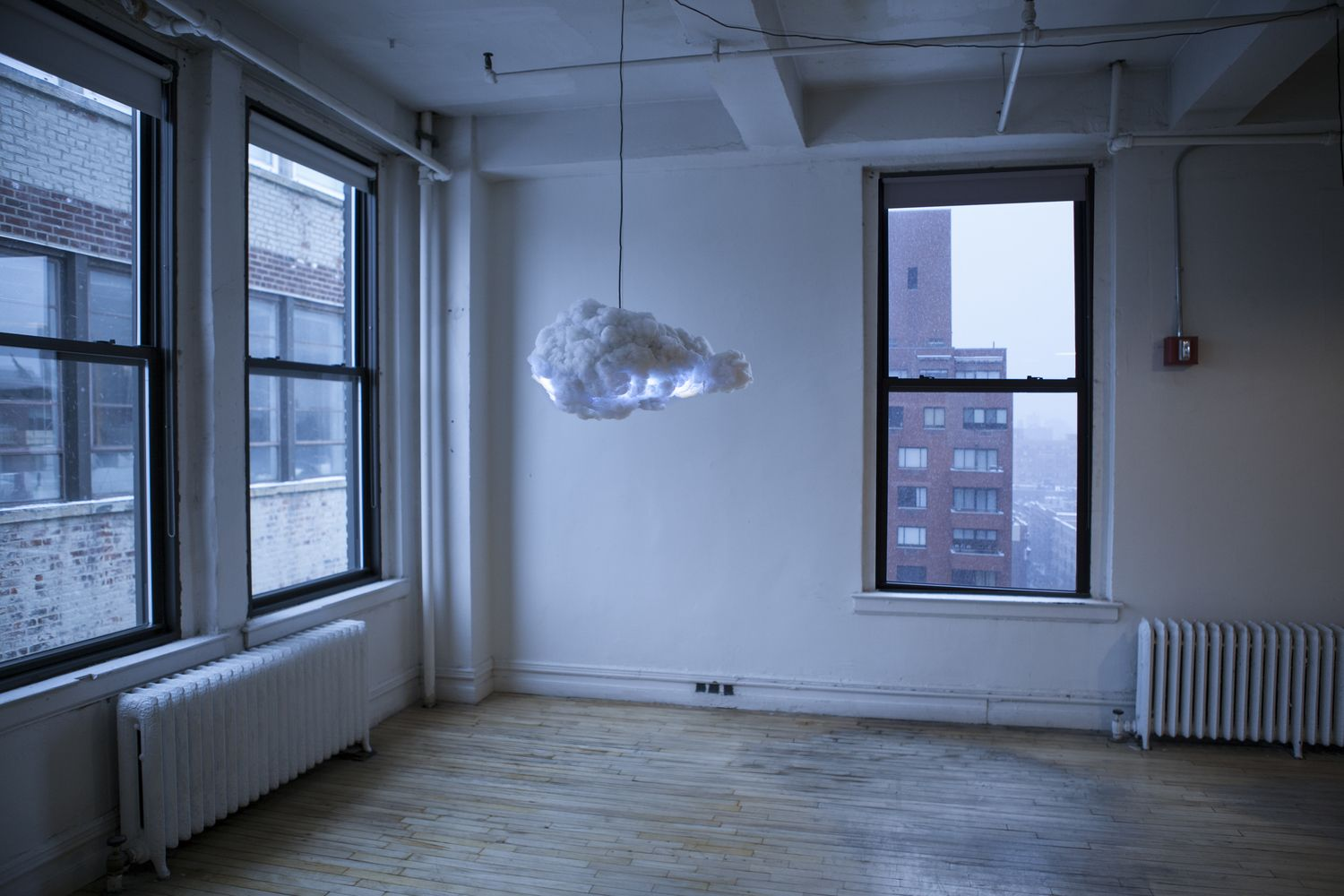 Cloud An Interactive Light Shaped Like A Cumulus Cloud That Simulates A Thunderstorm Both In Light And Sound Based Cloud Lamp Creative Lamps Chandelier Design