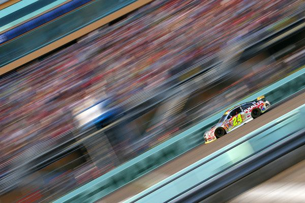 Jeff Gordon Photos - NASCAR Sprint Cup Series Ford EcoBoost 400 - Zimbio