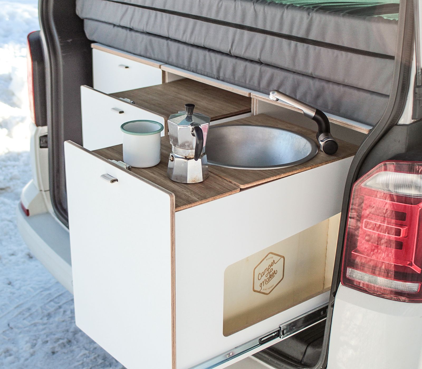 Pin Von Campermaker Auf Campingkuche Fur Vw California Und Multivan Camping Box Bambus Arbeitsplatte Kompressor Kuhlbox