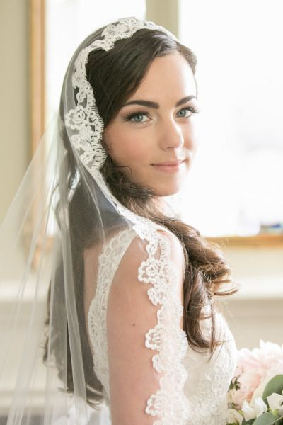 beautiful bride and veil