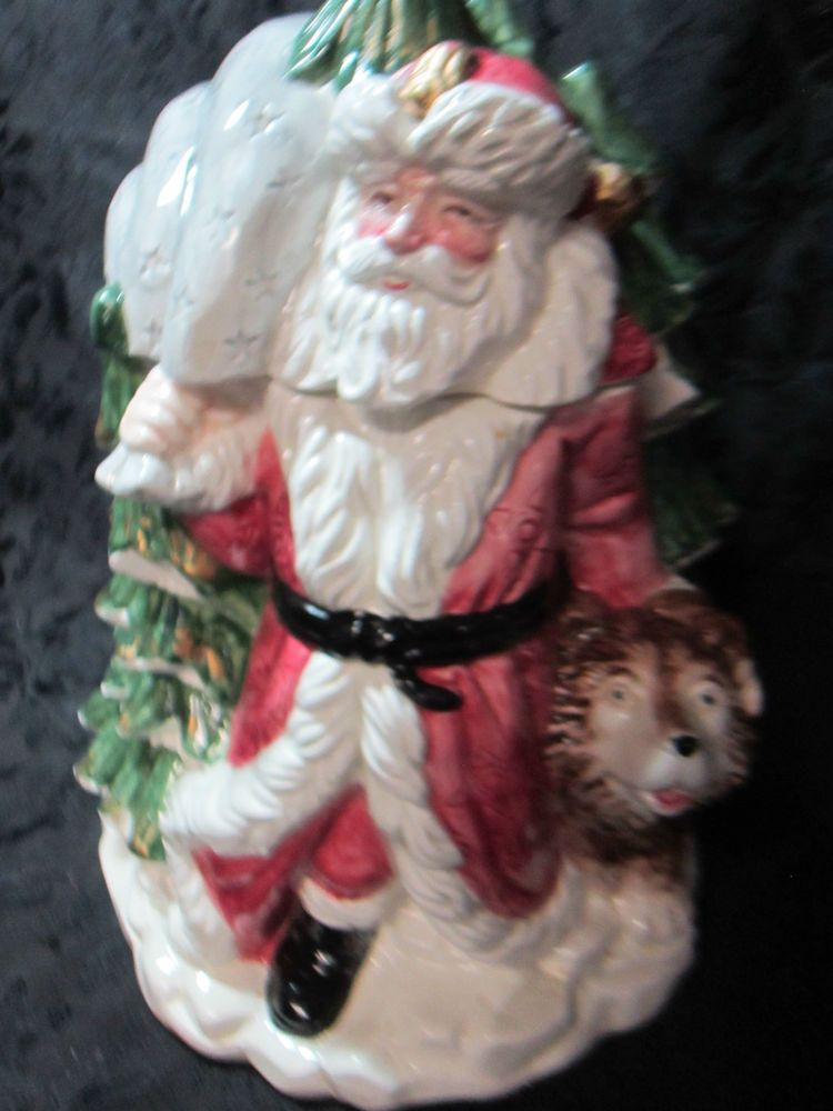 OMI Ceramic Embossed Christmas Santa and Dog Cookie Jar with Lid Perfect Cond.