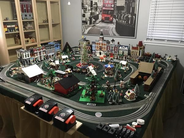 Re: Lets See Your Christmas Train If You Have One !!   Model