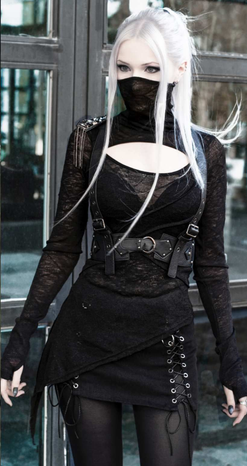 Black gothic slim punk long sleeves tshirt for women in