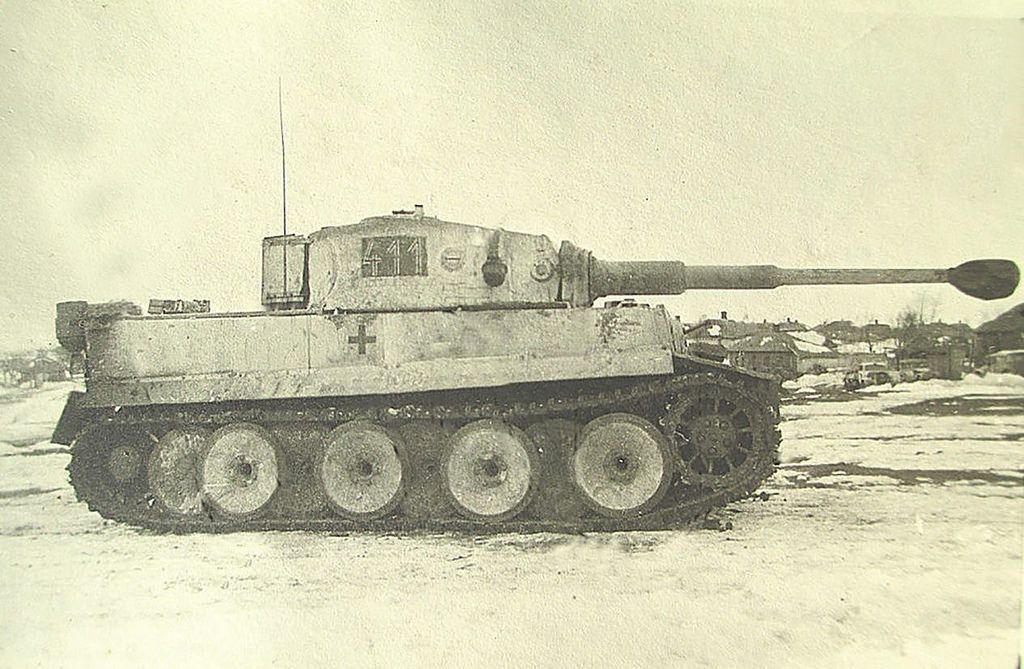 Tiger I № 411 from LSSAH