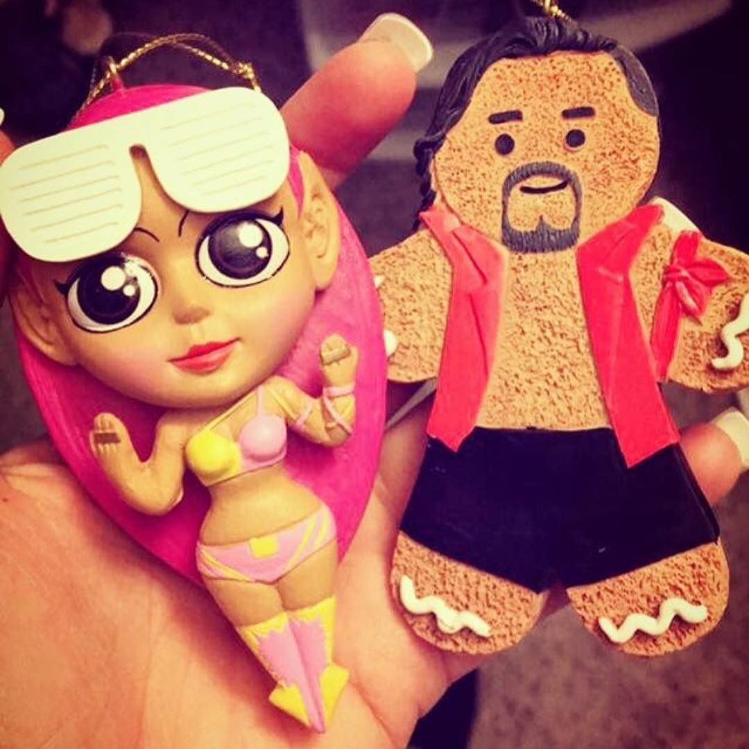 Sasha Banks Christmas Ornament & Gingerbread Shinsuke Nakamura Tags:  #sashabanks #legitboss #wwe