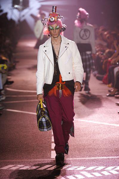 John Galliano, Summer 2009-Menswear,Look 28
