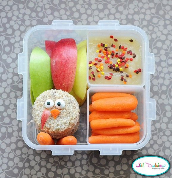 Another fun bento box lunch idea for young kids. Very cute! For more creative ideas for kids lunches visit www.facebook.com/... you may find something you LIKE