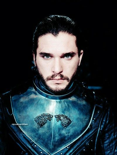 Jon Snow, GoT S7. Now he looks like a king.
