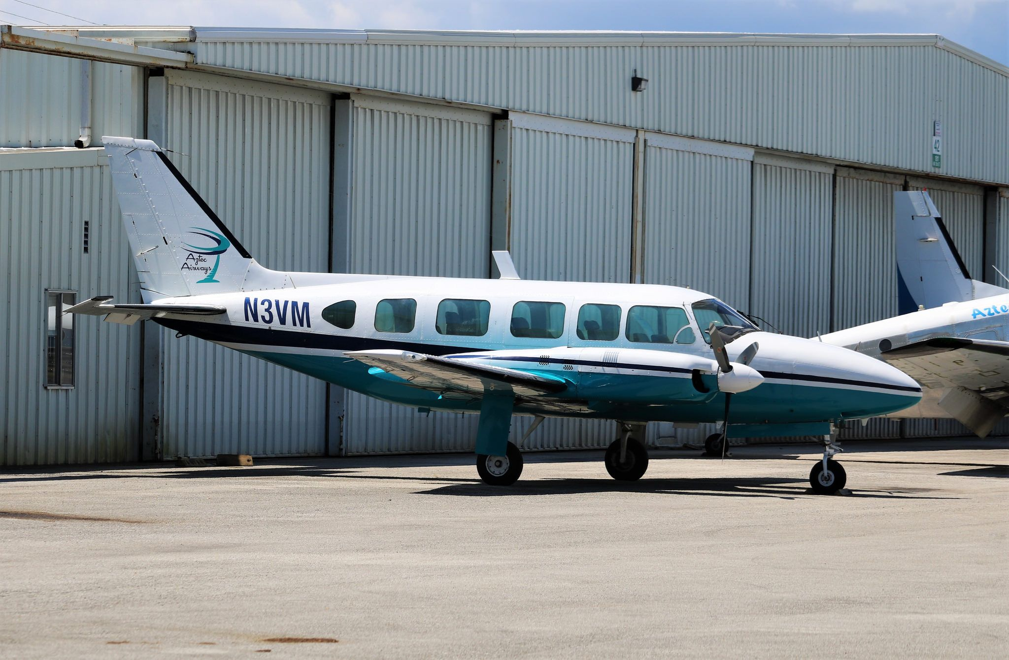 Aztec Airways Piper Chieftain | Commercial Aviation Photos