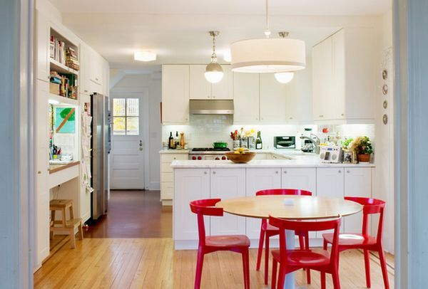 Be Confident With Color \u2013 How To Integrate Red Chairs In The Dining