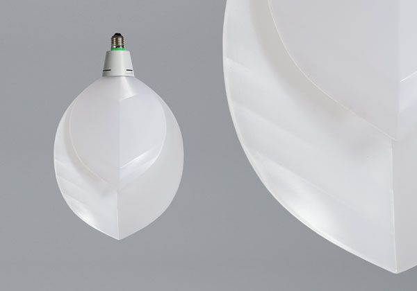 Formafantasma's organic signature is recognizable in their bulb design of two asymmetrical leaves. The light glows as it is emitted from amid the two leaves, and the clean cut of the material coveys a patterned feel to the room. It is intended to be used as a single piece or as a forest of lit leaves. Forma Fantasma is an environmental friendly product and has a 2700k color temperature that provides a warm light output which brings a lovely ambiance to your room.Please note: in order to…