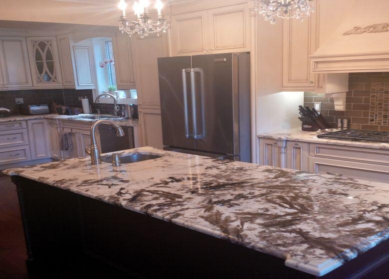 Kitchen island : Alpinus Granite 3CM polished | KITCHENS ...