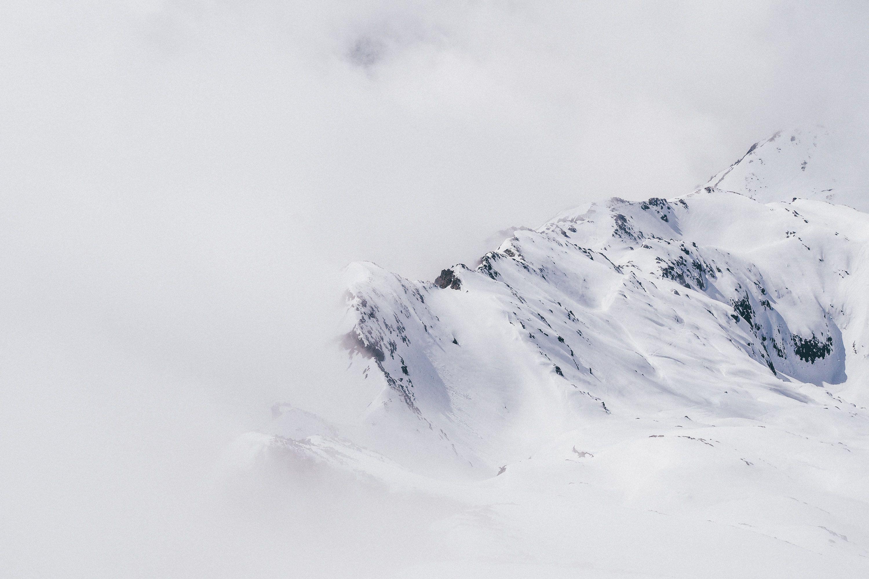 Skier Au Printemps A Chamonix Mont Blanc Mont Blanc Chamonix Mont Blanc Chamonix
