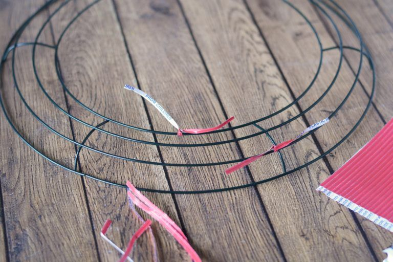 How To Make Deco Mesh Wreaths: Step by Step Intructions #decomeshwreaths