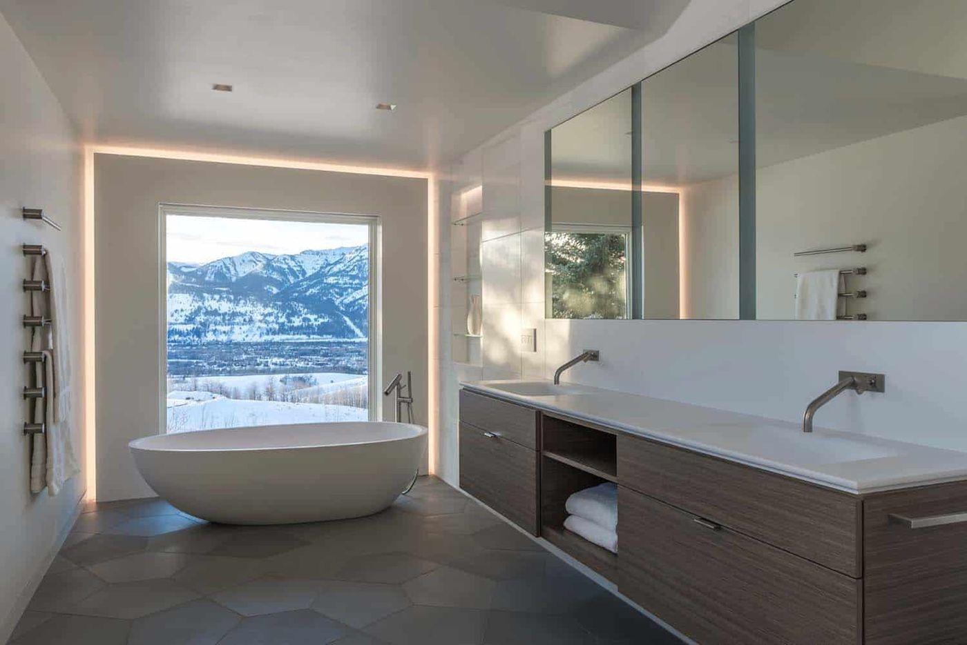 Moderne Bader Heute Mit Grossen Fenstern Mit Freistehender Badewanne Und Doppeltem Waschbecken Und Grosse Badezimmer Grau Moderne Bader Badezimmer Renovieren