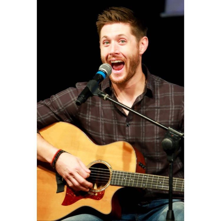 """""""Literally all these jibcon pictures kill me"""""""