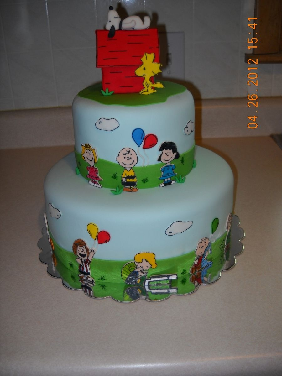 Peanuts Characters on Cake Central Birthday snoopy Woodstock Cake