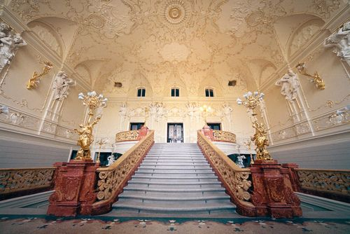 Best Royal Staircase Architecture Staircases Stairs Grand 400 x 300