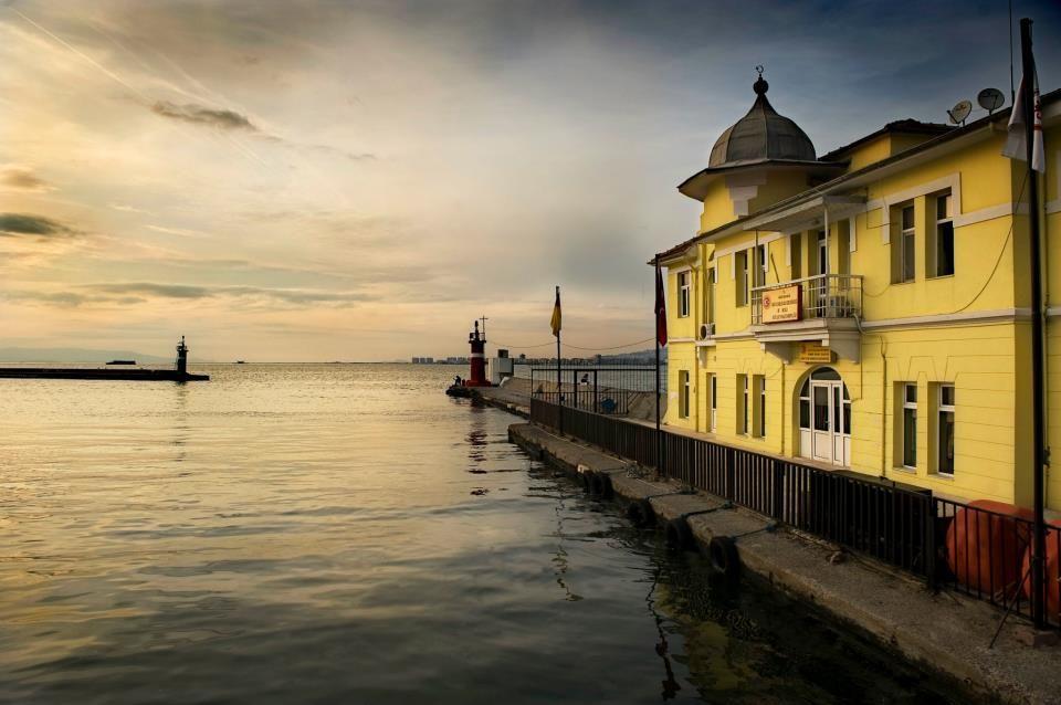 Pasaport iskele - İzmir  Photo: Tamer Hartevoğlu