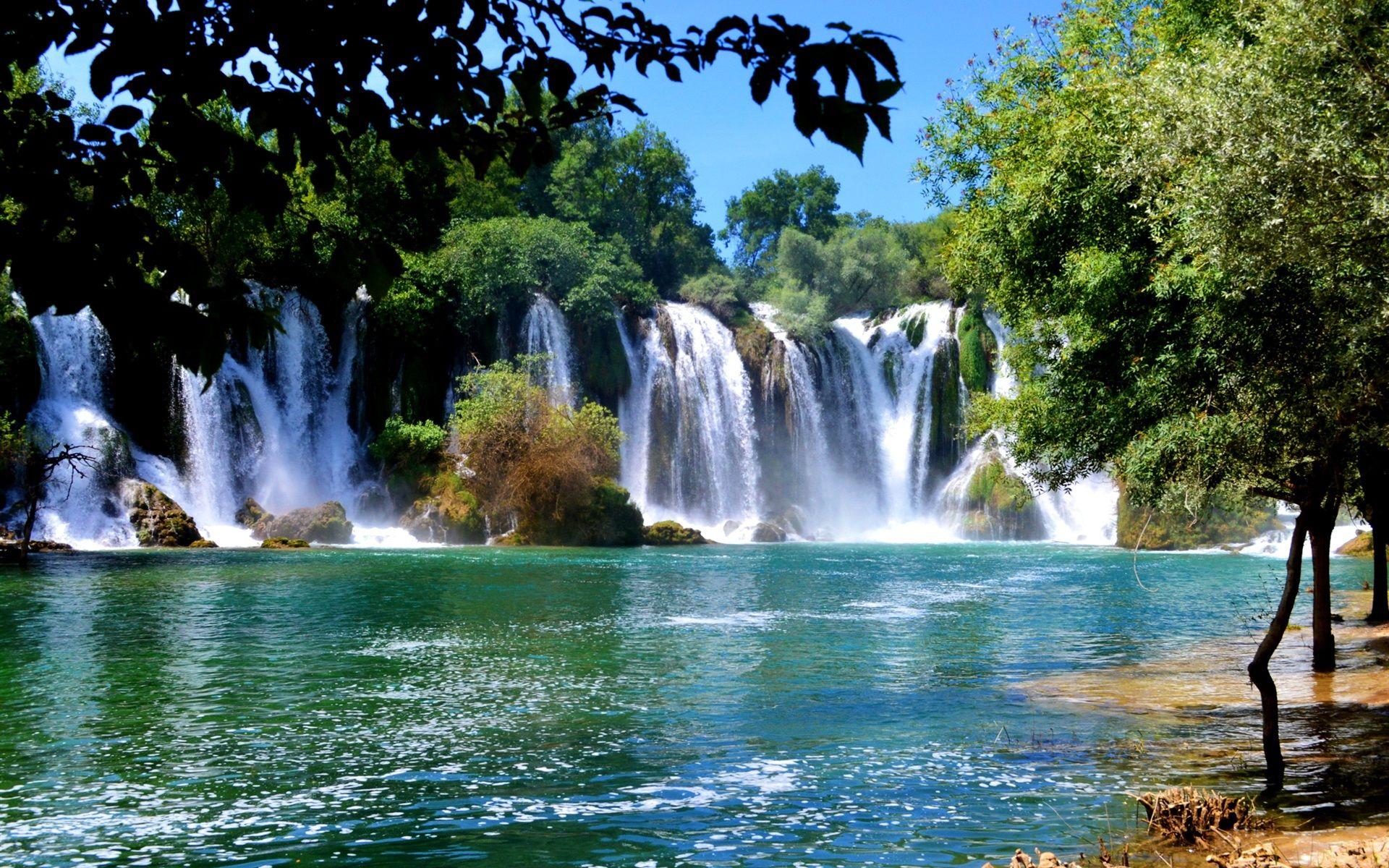 Bosnie Herzegovine Cascades Arbres Fonds D Ecran 1920x1200 Fond D Ecran Cascade Fond Ecran Paysage
