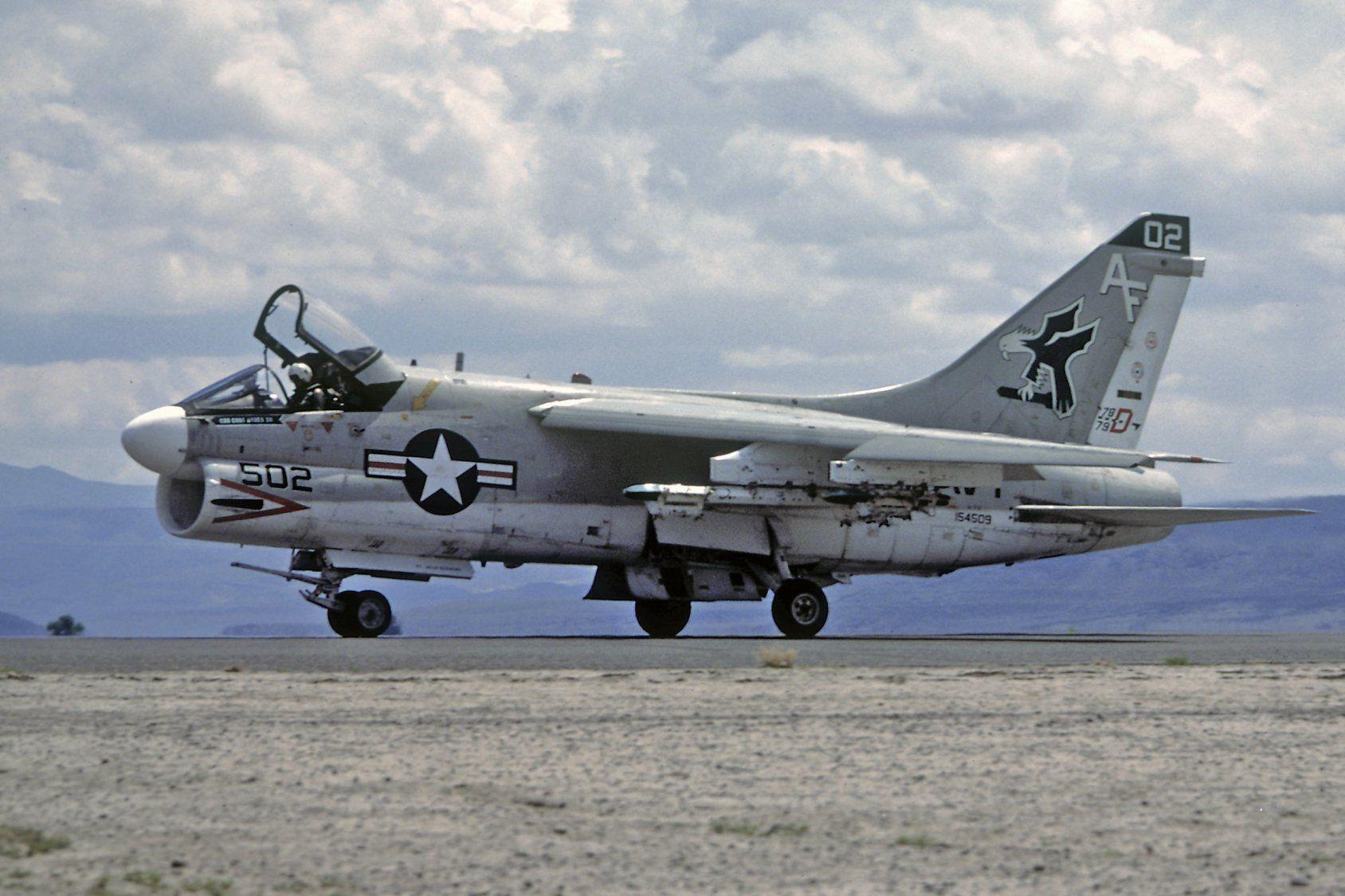 A7B, VA205, NAS Fallon. Naval aviator, Fighter planes