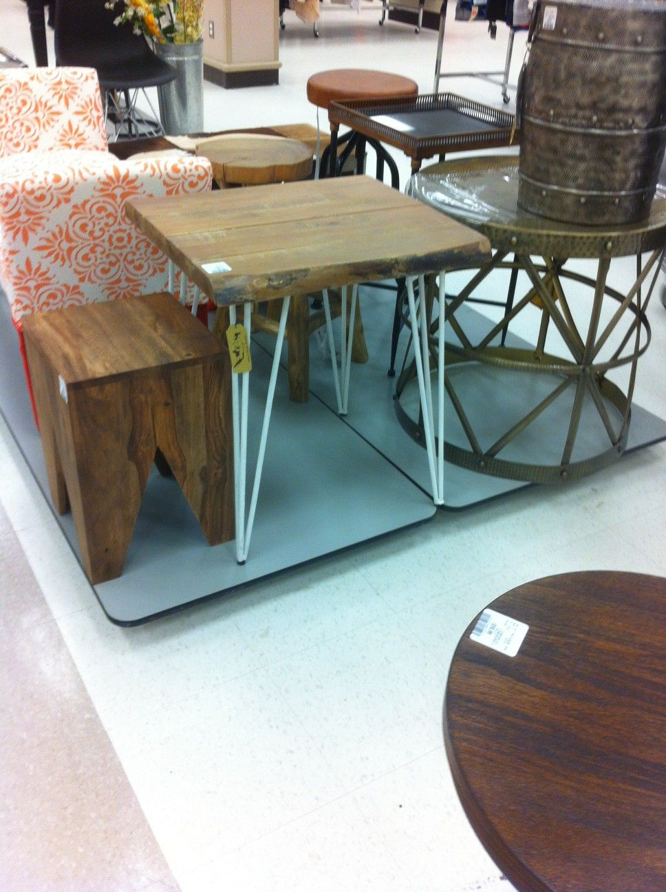 End table easy to make with round bar and wood. | Welding projects ...