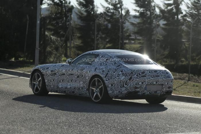 New 2015 Mercedes Benz Slc Caught All The Three Luxury Car Giants Bmw Mercedes Benz And Audi Are Trying Everything To Grab A Bigg Tata Cars Car Mercedes Benz