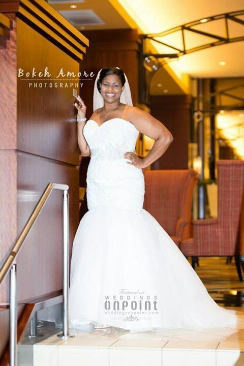 Gorgeous plus sized bride | Girls with Curves | Plus ...