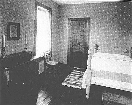 [Teacher's bedroom.]