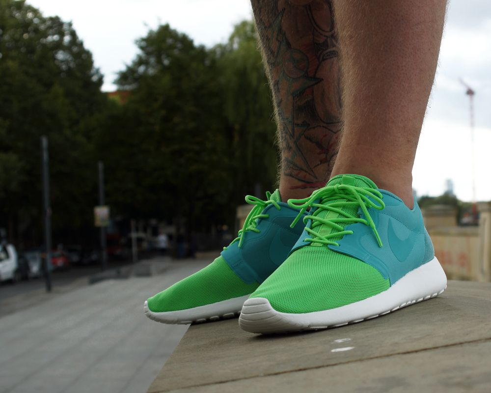 """the latest eccc8 0b813 Releasing  Nike Roshe Run Hyperfuse QS """"Vent"""" Pack"""