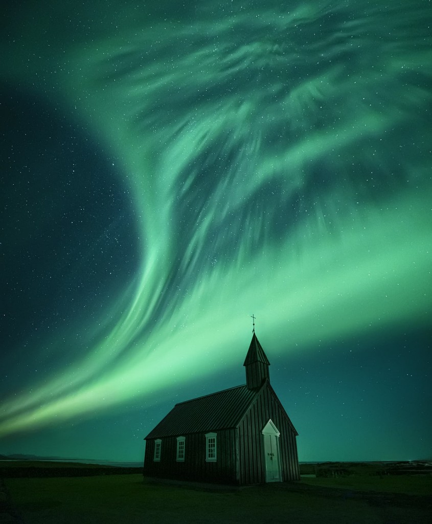 Northern Lights In Black Church Of Budir In Iceland Northern Lights See The Northern Lights Beautiful Places To Travel